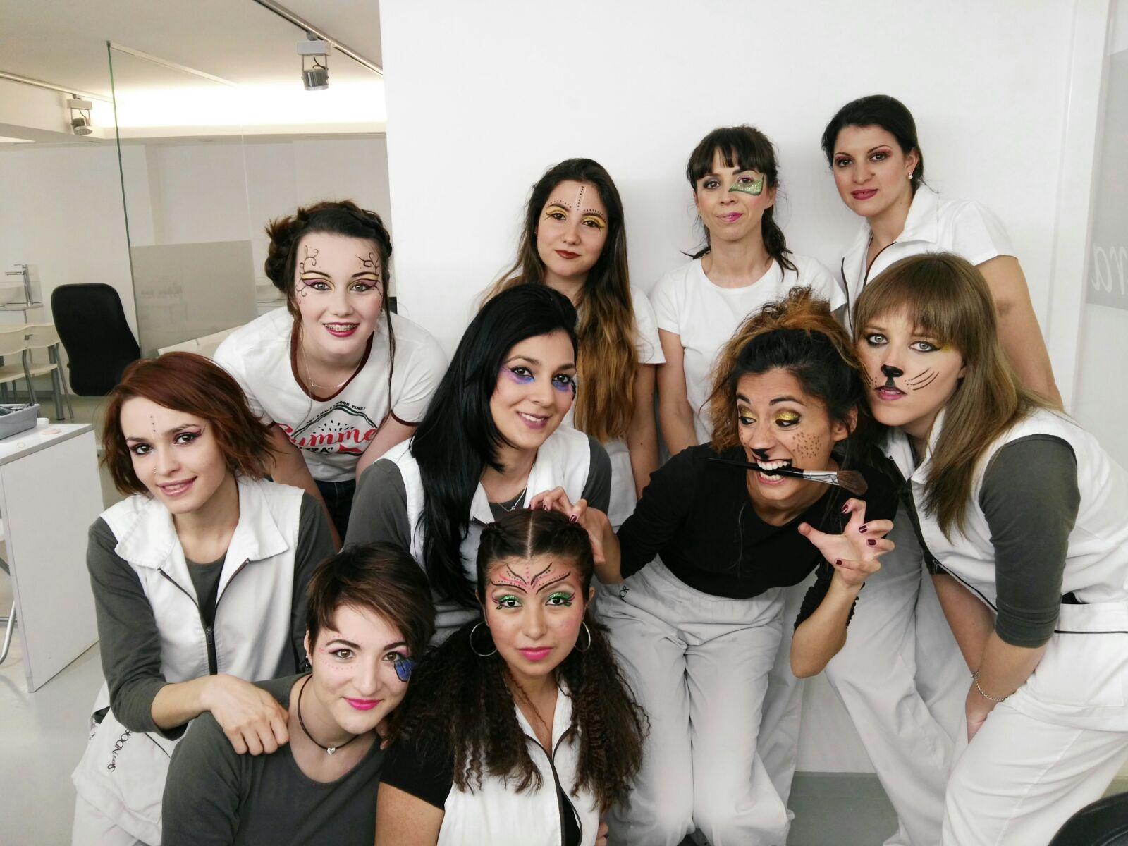 alumnas cursos maquillaje